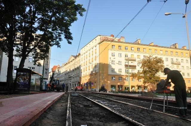 W zeszłym roku MPK przebudowało przystanek na placu Cyryla Ratajskiego i wyremontowało torowisko