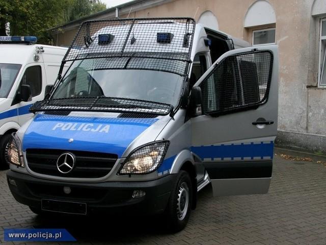 Takie furgony marki mercedes dostała poznańska policja