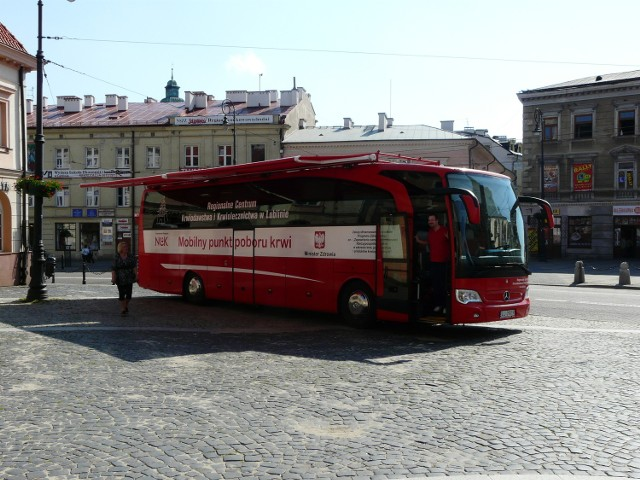 Oddaj krew w autobusie przy Bramie Krakowskiej
