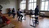 Egzamin ósmoklasisty 2020 z matematyki. Jakie będą zadania? ODPOWIEDZI, wyniki, arkusze CKE, 17.06.2020