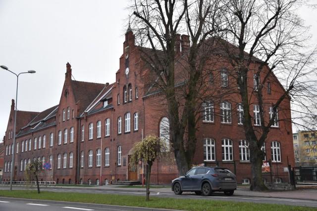 Budynek Szkoły Podstawowej nr 1 w Chodzieży