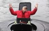 """Gdynia: Flesz z przeszłości. 24.03.2009. Jurek Owsiak i anonimowy zwycięzca licytacji WOŚP wypływają w rejs okrętem podwodnym ORP """"Sęp""""!"""
