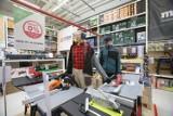 Leroy Merlin w Krasnem koło Rzeszowa otwarte pomimo pandemii. Znaleźli sposób, aby kontynuować sprzedaż. Gdzie jeszcze zrobimy zakupy?