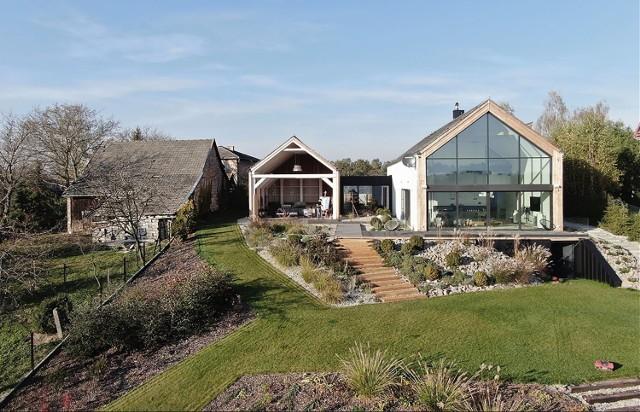 Niezwykły dom i piękne widoki na Beskid Wyspowy, dom w Bochni projektu Górnik Architects jest laureatem konkursu na najlepszą architekturę Małopolski