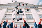 Najbardziej oblegane kierunki studiów - tu możesz się nie dostać. Sprawdź, które kierunki studiów są najpopularniejsze
