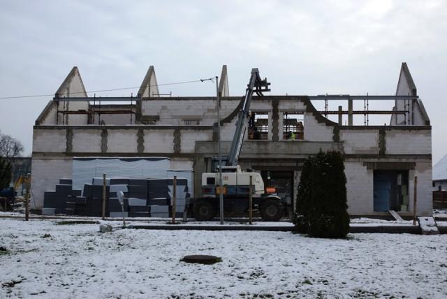 W Pniewach powstaje budynek, w którym będzie mieścić się biblioteka i centrum kultury