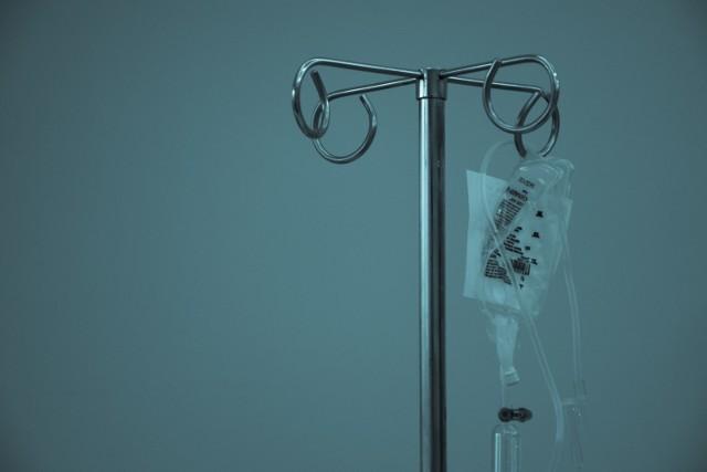 Przy okazji Światowego Dnia Chorego (11 lutego) Urząd Statystyczny w Zielonej Górze przygotował dane dotyczące służby zdrowia w Lubuskiem.  Opracowanie powstało na podstawie danych z 2018 roku. Wynika z niego m.in., że każdy z nas na zdrowie (szeroko pojęte) wydaje miesięcznie ponad 50 zł i średnio 7,5 raza każdy z nas korzystał  z porady ambulatoryjnej.  Wiemy też, ile jest łóżek dla chorych w szpitalach i ilu mieszkańców przypada na jedną aptekę. Ale nie tylko! Oto lubuska służba zdrowia w pigułce >>>>  WIDEO: Możesz je jeść do woli! 10 warzyw, które zawierają najwięcej wody