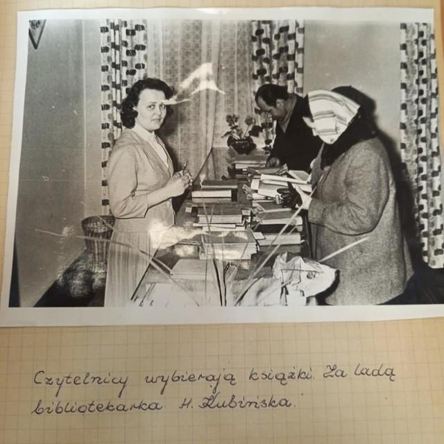 Tak było w bibliotece miejskiej w Zduńskiej Woli na przestrzeni kilkudziesięciu lat