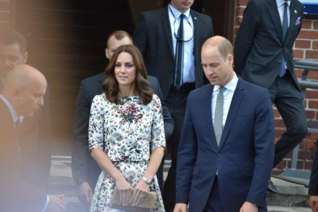 Sztutowo. Książę William i księżna Kate zwiedzili Muzeum Stutthof