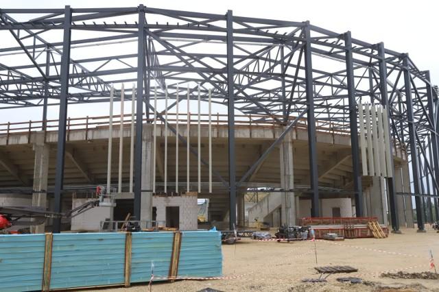 Trwa budowa Zagłębiowskiego Parku Sportowego. Największe wrażenie robi stadion piłkarski, bo to największy obiekt, ale hala sportowa i stadion zimowy także już nieźle wyglądają.  Zobacz kolejne zdjęcia. Przesuwaj zdjęcia w prawo - naciśnij strzałkę lub przycisk NASTĘPNE