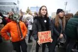 """Młodzieżowy Strajk Klimatyczny w Katowicach. Uczniowie i studenci: """"Kryzys klimatyczny to nie żart"""" [ZDJĘCIA]"""