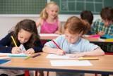 """Wyprawka 300 PLUS 2021. Zmiany w programie """"Dobry Start"""". Jak i kiedy złożyć wniosek o wyprawkę szkolną dla ucznia [13.7.2021]"""