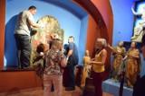 Żywiec: Madonna z poziomką pojechała do Muzeum Narodowego w Krakowie [ZDJĘCIA]