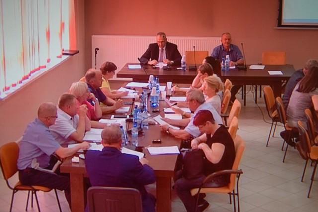 Radni gminy Sieradz wyrazili jednogłośnie zgodę na podpisanie umowy z nowym przewoźnikiem
