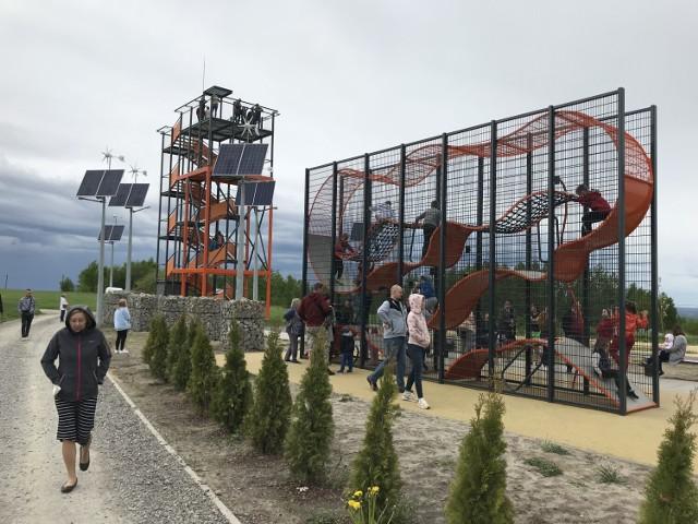 Wieża widokowa na Magdalence koło Rzeszowa. Nowa atrakcja przyciąga mieszkańców