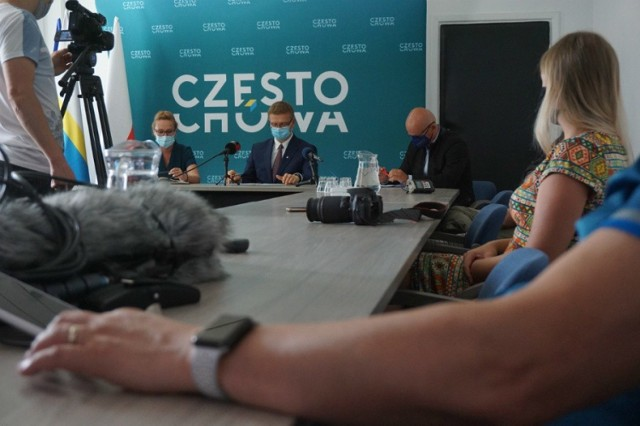 Zasady tegorocznego budżetu obywatelskiego w Częstochowie przedstawiono podczas specjalnej konferencji prasowej  Zobacz kolejne zdjęcia. Przesuwaj zdjęcia w prawo - naciśnij strzałkę lub przycisk NASTĘPNE
