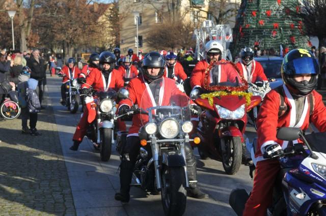 Motomikołaje przejechały ulicami Kostrzyna nad Odrą już po raz czwarty.