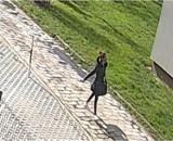 Kielce. Tak wygląda fałszywa policjantka. Widziałeś ją? Dzwoń!