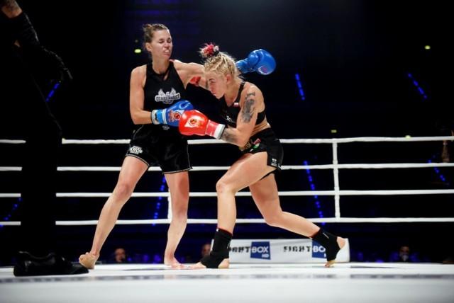 Redakcja FighTime.pl po konsultacjach z Polskim Związkiem Kickboxingu opublikowała ranking najlepszych zawodniczek wśród profesjonalistek w formule K-1 bez podziału na kategorie wagowe. Zielonogórzanka Emilia Czerwińska w tym rankingu znalazła się na samym szczycie.