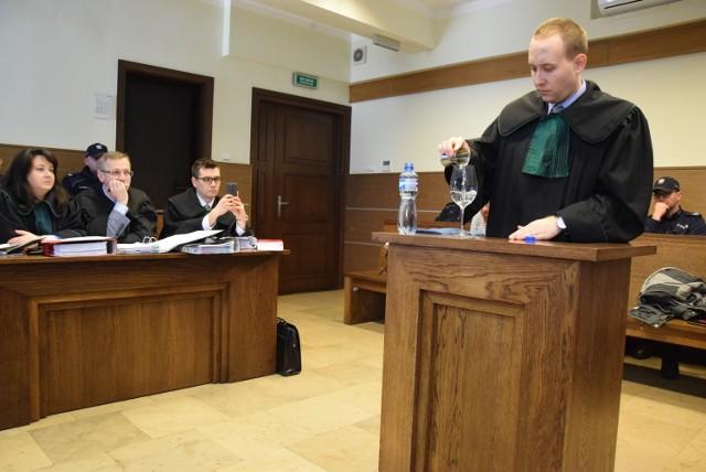 Mecenas Maciej Sablik, obrońca Adriana P, przeprowadził eksperyment procesowy