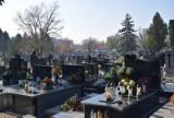 Cmentarze we Wszystkich Świętych otwarte. Będą inne obostrzenia?