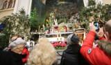 Szopka bożonarodzeniowa i żywa szopka w Panewnikach przyciągają tłumy ZDJĘCIA