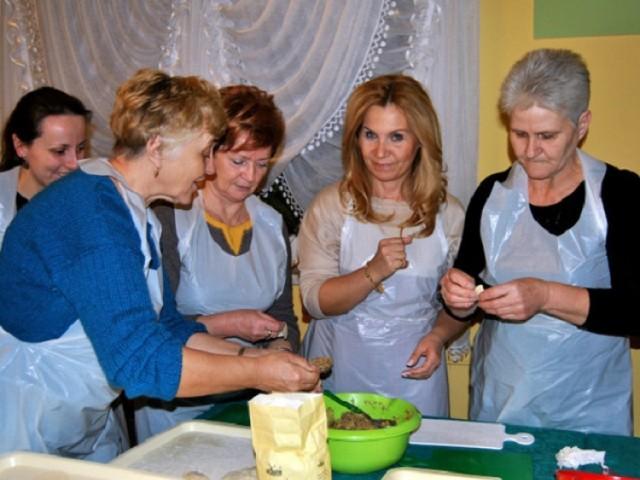 W Zajeździe u Renaty odbyły się świąteczne warsztaty kulinarne.