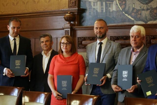 Legnicki Klaster Odnawialnych  Źródeł Energii, podpisanie umowy.
