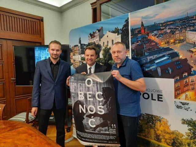 Od lewej: Michał Grocholski, prezydent Opola Arkadiusz Wiśniewski, Sławoj Dubiel