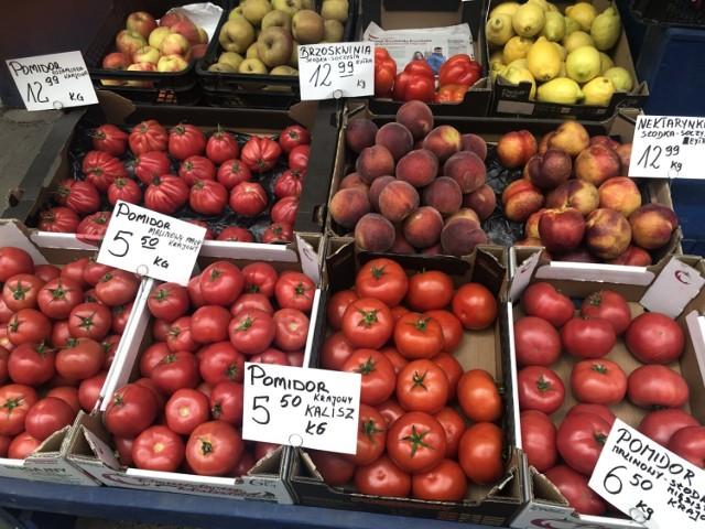 Zobaczcie ceny warzyw i owoców na Bazarze Komandor we Wrocławiu