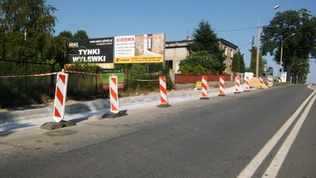 Powstaje zatoczka na ulicy Żorskiej