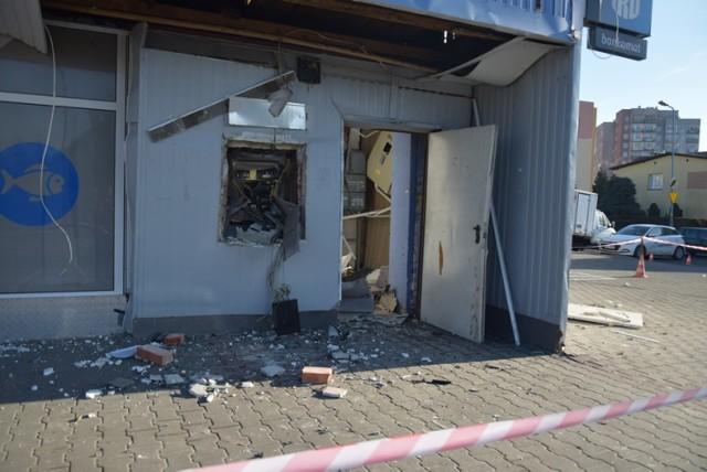 Wysadzili bankomaty m.in. w Lubinie, Węglińcu i Małomicach