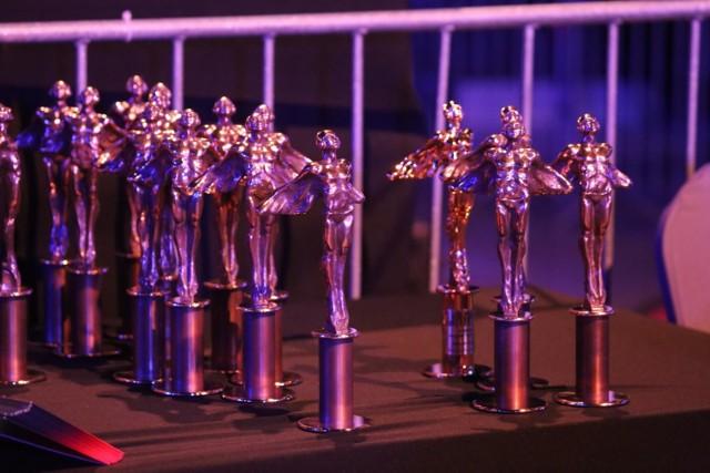 Kto w tym roku otrzymał Fryderyka? W tym roku nagrody zostały rozdane w kilkunastu kategoriach muzyki rozrywkowej i jazzowej. Sprawdź naszą galerię Fryderyków 2020!