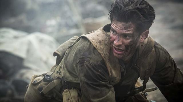 """W piątek 3 sierpnia o godz. 21, w ramach Kina nad miastem w centrum handlowym Avenida Poznań (ul. Matyi 2) odbędzie się pokaz amerykańskiego dramatu wojennego """"Przełęcz ocalonych"""" w reżyserii Mela Gibsona."""