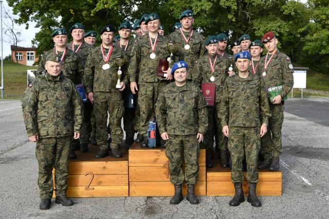 Kierowcy 15. Sieradzkiej Brygady Wsparcia Dowodzenia najlepsi w Polsce