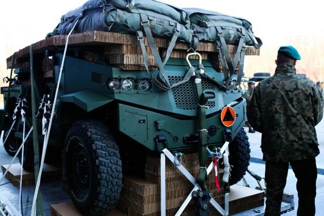 Agencja Mienia Wojskowego w Bydgoszczy wyprzedaje sprzęt wojskowy. W sprzedaży bezprzetargowej jest ponad 120 ofert. Zobaczcie, co można kupić od wojska za bezcen.