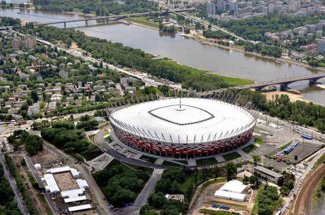 Warszawa z lotu ptaka. Niezwykłe interaktywne wideo nagrane z helikoptera