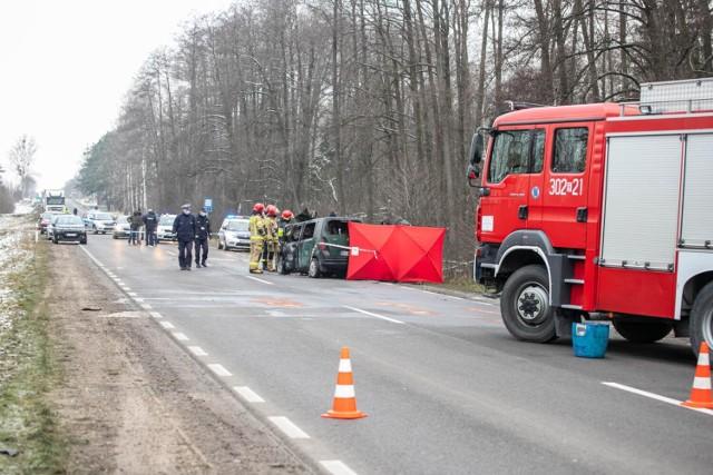 Przejdź do kolejnego zdjęcia i zobacz, gdzie na Dolnym Śląsku doszło do śmiertelnych wypadków podczas wakacji 2021 ---->>>