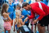 Festiwal Siatkówki z Akademią Daniela Plińskiego. Na plaży przy molo w Pucku eks reprezentanci: Marcin Wika i Daniel Pliński   ZDJĘCIA