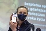 Usługi opiekuńcze, bransoletki życia oraz wypożyczanie sprzętu rehabilitacyjnego. Gdańsk zachęca seniorów do korzystania z pomocy