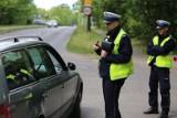 Nowe przepisy drogowe 2021. Zmiany dla pieszych i nowe limity prędkości. To musi wiedzieć każdy kierowca!