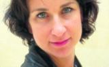 Makijaż na sylwestra 2014/2015. Brokaty, ostre czerwienie, klasyczne smokey eyes [PORADNIK]