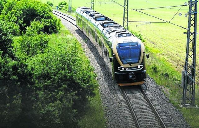 Pociągi Flirt szwajcarskiej firmy Stadler jeżdżą dziś na trasie Kraków - Katowice - Praga obsługiwanej przez przewoźnika Leo Express