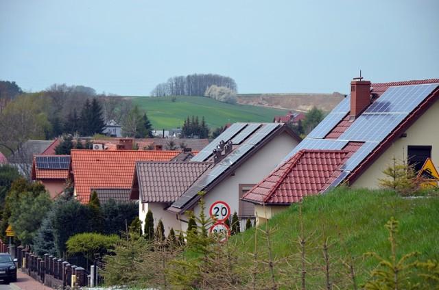 W Jaczowie na sporej części domów zamontowano panele słoneczne