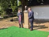 W Kalwarii Pacławskiej odsłonięto pomnik jej fundatora Andrzeja Maksymiliana Fredry [ZDJĘCIA]