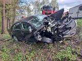 Wypadek między Tarnowem a Tuchowem na DW 977. W Zabłędzy droga jest zablokowana w obu kierunkach [ZDJĘCIA]