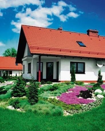 77,6 proc. z nas marzy o domku jednorodzinnym z ogródkiem. Ale kiedy trzeba podjąć decyzję o zakupie, decyduje się na niego już tylko 45,5 proc., przede wszystkim z powodu wysokich kosztów zakupu.