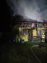 Pożar domu w Liczu. Prawdopodobną przyczyną pożaru było zwarcie instalacji elektrycznej [ZDJĘCIA]