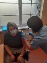 Pierwsze szczepionki dotarły do szpitala w Bytowie. To 75 dawek
