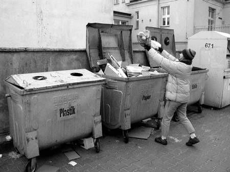 Segregacja odpadów jest promowana od lat. Niestety, efekty są niezadowalające. Foto: ZBIGNIEW BURDA